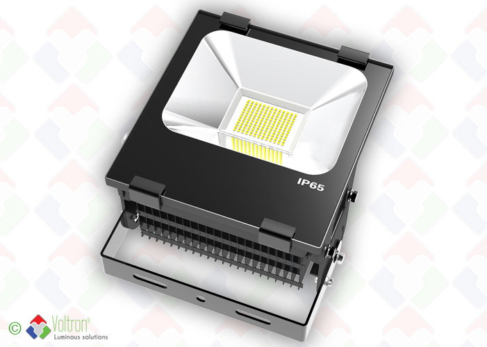 LED flood top design/VSTND-100W-65-WW by Voltron Lighting Group