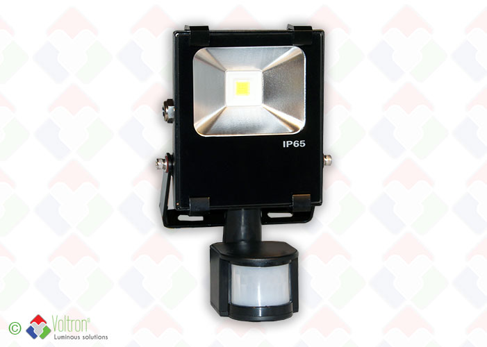LED flood top design/VSTND-10W-65-DW-PIR by Voltron Lighting Group